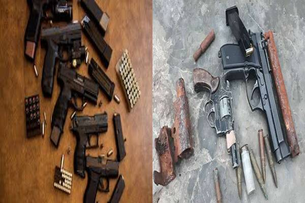 Armed Robbers Trick Police To Armed Robbers HideOut After Arrest, Get Shot In The Process